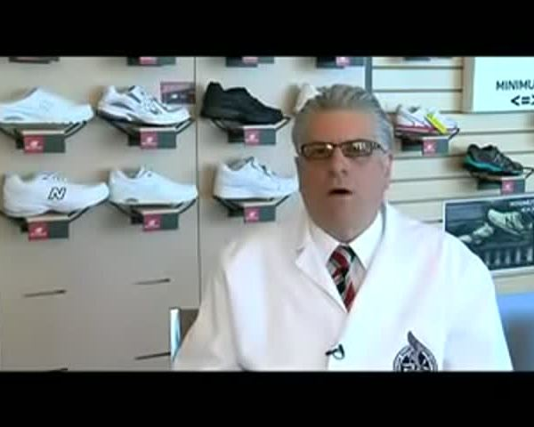 3 Why do people buy the wrong size shoe__5009386469894409207