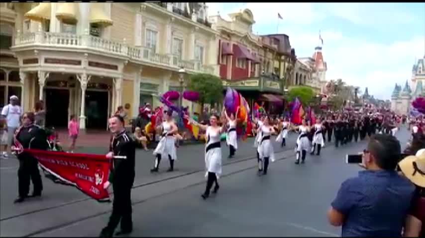 Fairview leads Disney parade_89714336-159532