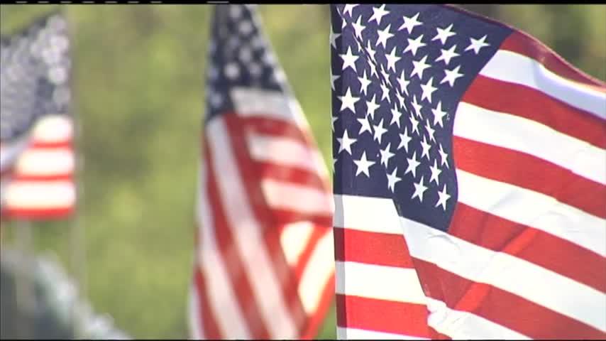 Patriotic flags soar once again_61469827-159532