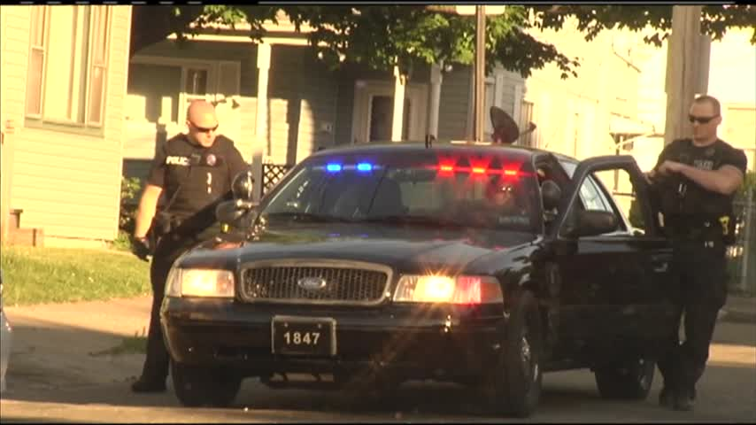Local police react to shooting that left three officers dead_17269714-159532