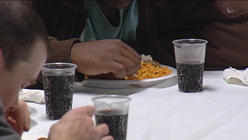 Homeless dinner image_1475355071053.jpg