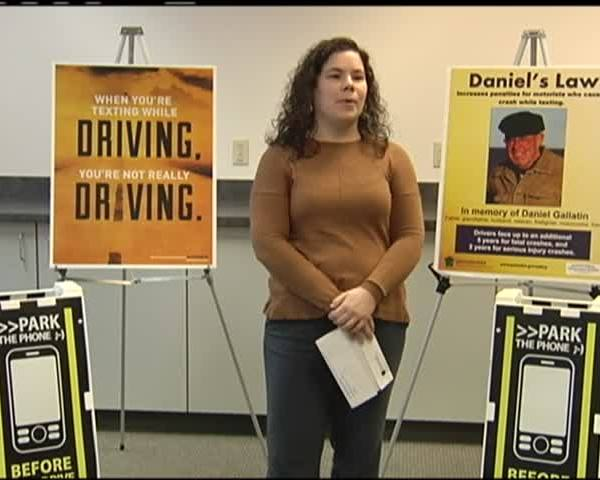 DISTRACTED DRIVING_27892261