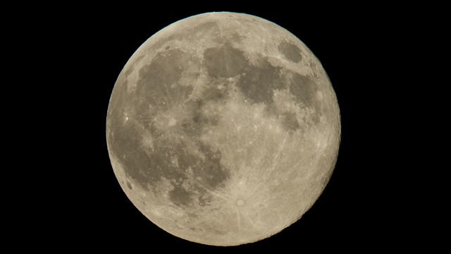 Full-moon-for-blue-moon-story-jpg_78624_ver1_20170208184827-159532