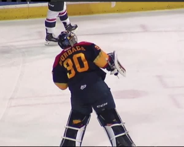Murdaca holds in shootout- Otters win 10th straight_51995384