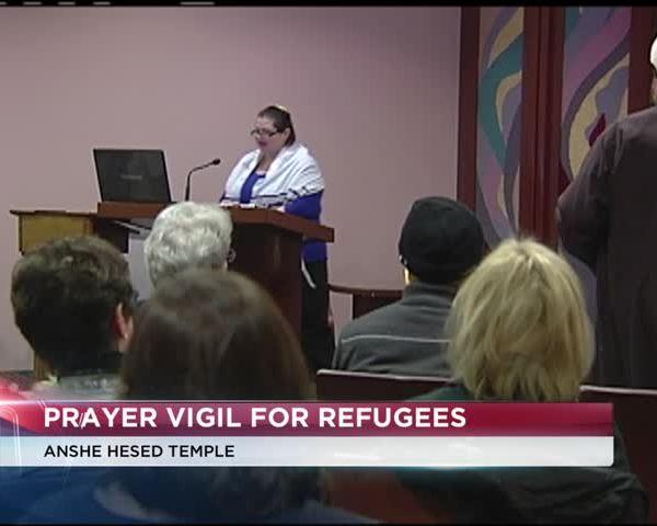 Prayer vigil for refugees_43846494