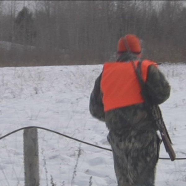 HUNTER WITH RIFLE_1542923396612.jpg.jpg