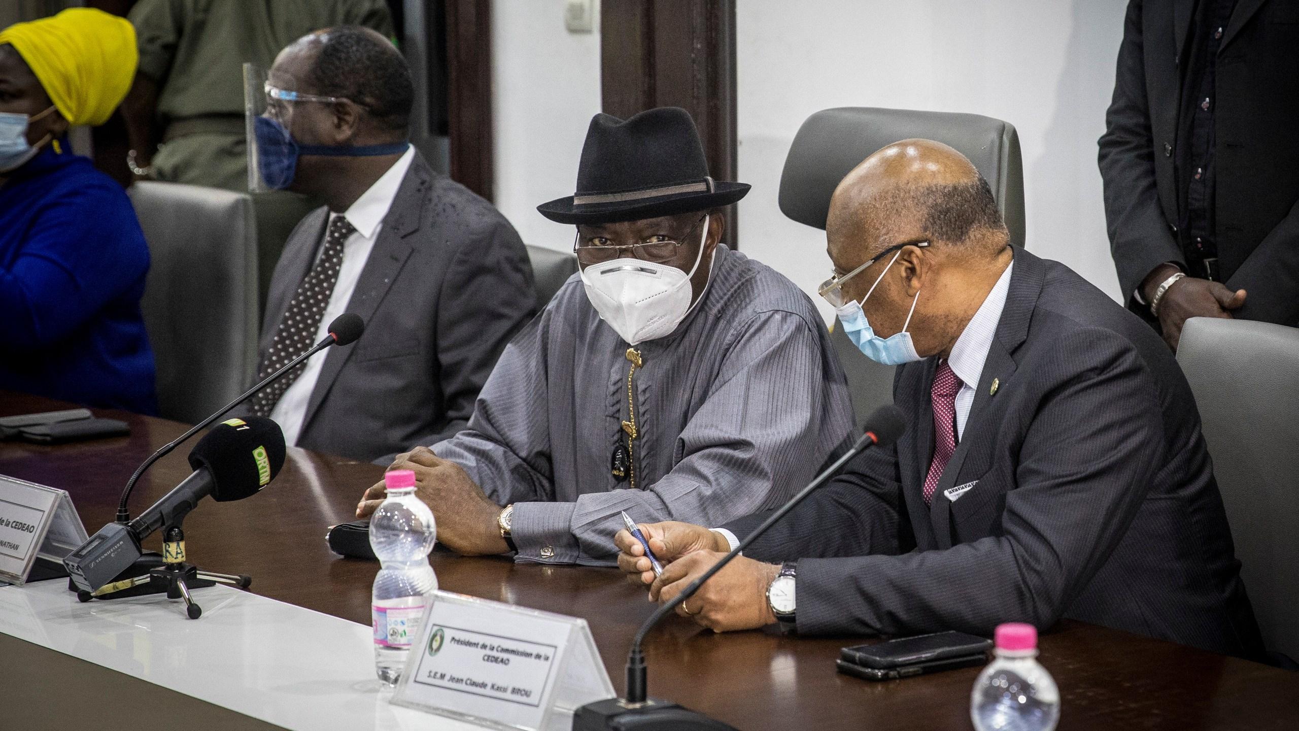 Jean-Claude Kassi Brou, Goodluck Jonathan